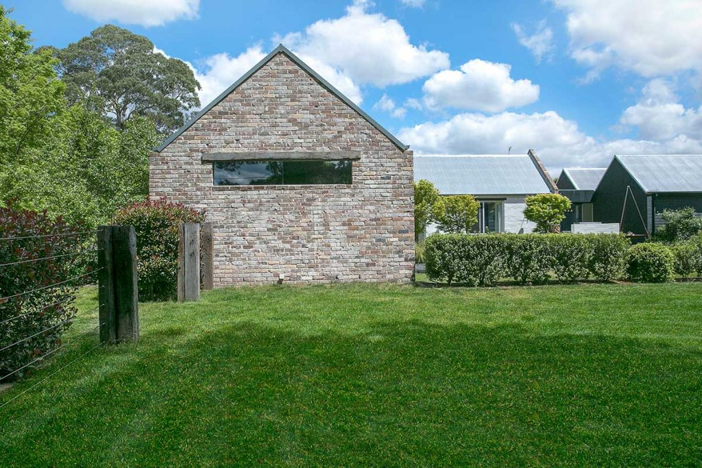 Tziallas Architects, Osborne Road, Bowral